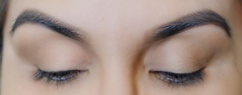 Contouring-eye (1)